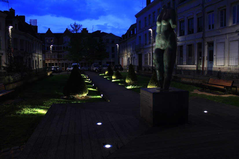 Mise en lumière des jardins du Musée des Beaux-Arts à Valenciennes dans le cadre du Plan Lumière.
